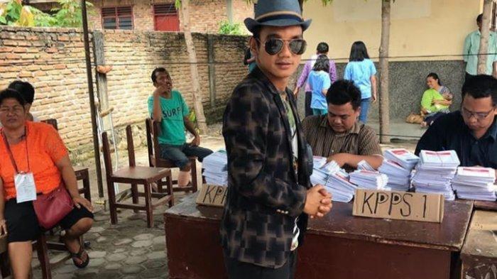 Mencoblos di Kampung Halaman, Riko Simanjuntak Inginkan Presiden Perhatikan Sepak bola Indonesia