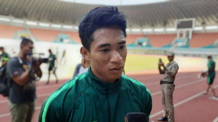 Penyerang seleksi Timnas U19 Indonesia, Serdy Hapyfano saat ditemui di Stadion Pakansari, Bogor, Senin (7/10/2019). (TribunJakarta/Wahyu Septiana).