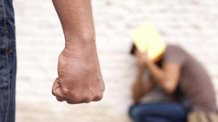 Perempuan Ini Mengaku Dirantai dan Disiksa Pacar karena Cemburu, Pelaku: Dia Sering Jual Barang Saya