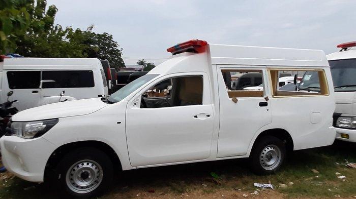Bengkel perakitan ambulance di Bekasi, PT Ambulance Pintar Indonesia kebanjiran order saat pandemi Covid-19.