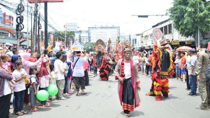 Melihat Perayaan Cap Go Meh di Bekasi: Aksi Reog, Ondel-ondel Hingga Barongsai