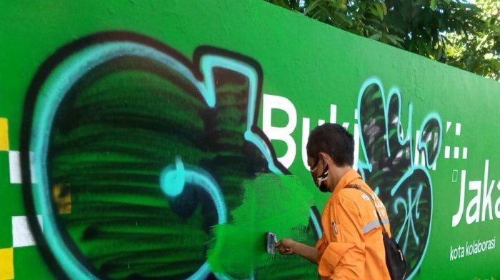 Mural Karya PPSU di Bukit Duri Dicorat-coret Pelaku Vandalisme, Lurah: Marah dan Kecewa
