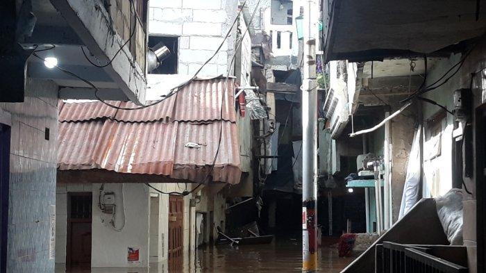 Jakarta Dilanda Banjir hingga 150 Cm, BPBD DKI: Total Pengungsi 257 Jiwa