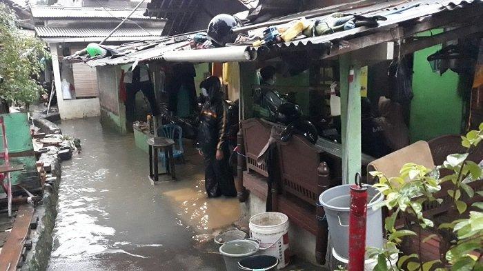 Warga Korban Banjir PHB Sulaiman Berharap Bantuan Perabot Bersih-bersih Rumah dari Pemprov
