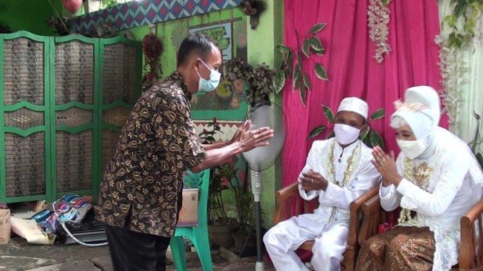 Unik, Dua Sejoli Asal Duren Sawit Ini Gelar Resepsi Pernikahan diLokasi Pengolahan Sampah