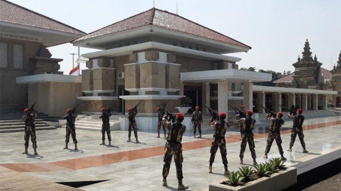 Mantan KSAD Pramono Edhie Dimakamkan di TMP Kalibata, Begini Persiapan Jelang Prosesi Militer