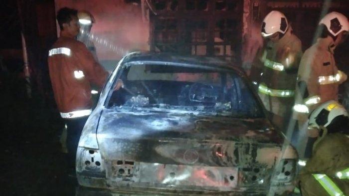 Puslabfor Usut Dugaan Pelemparan Bom Molotov di Rumah Warga Kayu Putih