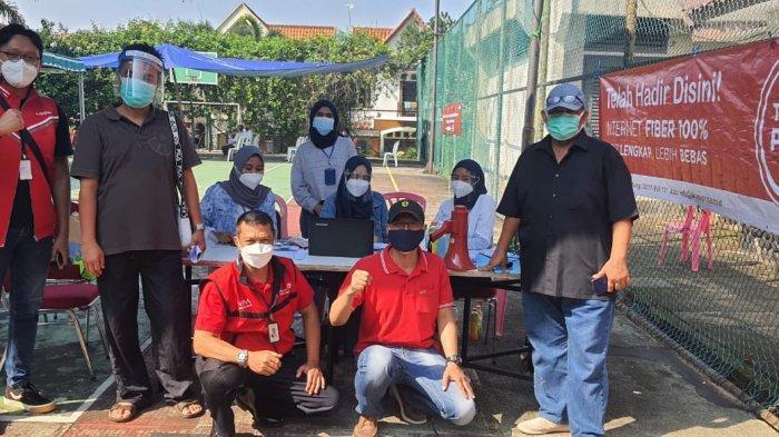 Bekerjasama dengan Relawan Mabes Polri, Warga di Villa Cendana Ciputat dapat Vaksinasi Covid-19