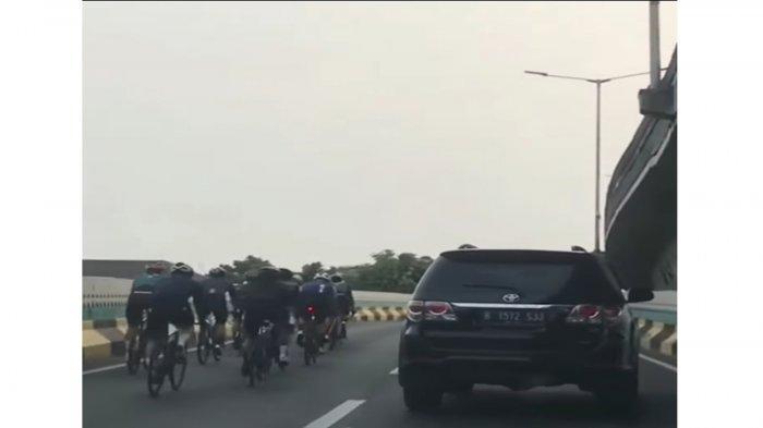 Wagub DKI Geram Pesepeda Road Bike Berani Masuk JLNT Antasari:Sangat Berbahaya