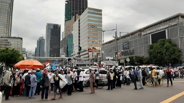 Aksi Bela Nabi di depan Kedubes Perancis, Jalan MH Thamrin Menuju Sudirman Ditutup