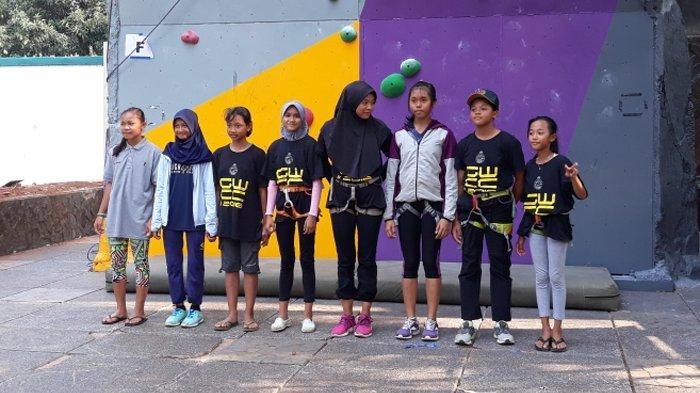 46+ Panjat Tebing Jakarta PNG