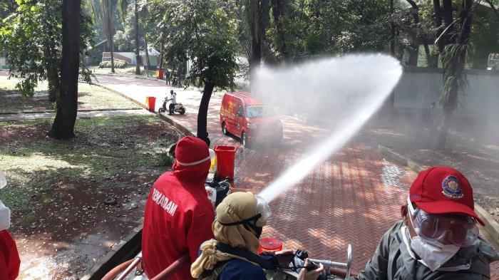 Taman Margasatwa Ragunan Disemprot Disinfektan, Gulkramat Jakarta Selatan Kerahkan 80 Personel