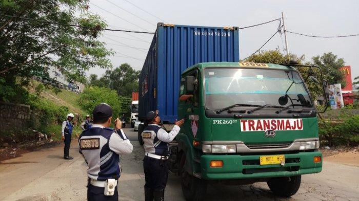 Polisi Siap Kerja Sama dengan Dishub Tilang Truk Bertonase Lebih dari 8 Ton di Kalimalang