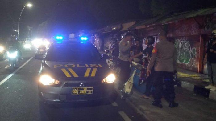 Asyik Nongkrong di Barito Hingga Larut Malam, Vespa Diangkut Polisi