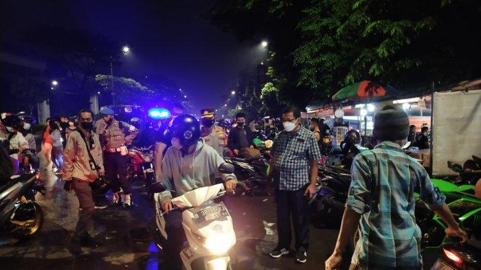 Kapolres Jaktim Pimpin Operasi Yustisi & Cipta Kondisi, Bubarkan Kerumunan hingga Sosialisasi Prokes