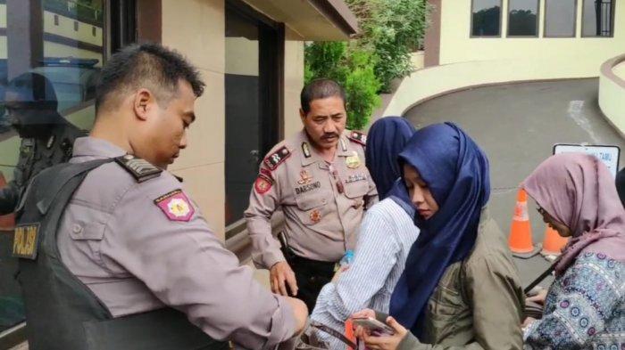 Dampak Bom Bunuh Diri di Mapolrestabes Medan, Pengamanan di Mapolrestro Jakarta Timur Diperketat