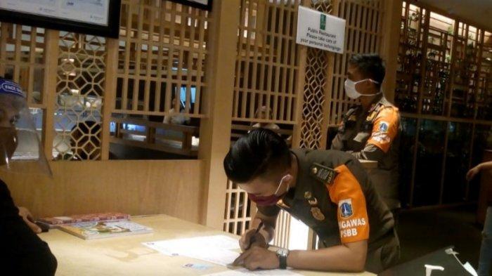 Disparekraf DKI Tolak Pengajuan Izin Pengusaha yang Minta Restoran Boleh Layani Dine In