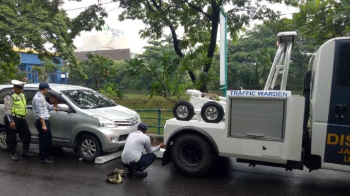 555 Kendaraan Terjaring Parkir Liar Sudinhub Jakarta Utara Selama Januari 2019