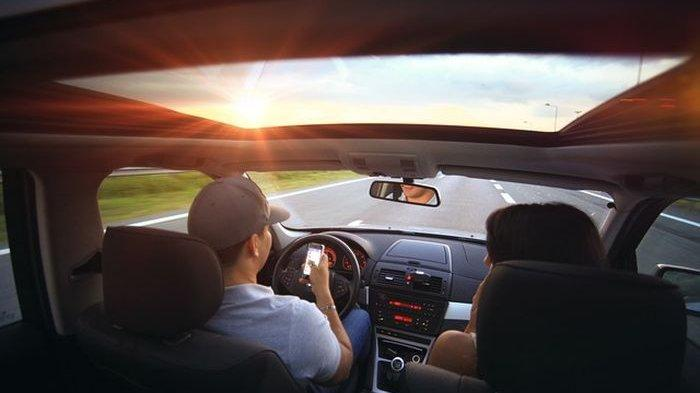 Arti Mimpi Naik Mobil Menurut Primbon Jawa: Berbahagialah Jika Mobil Baru