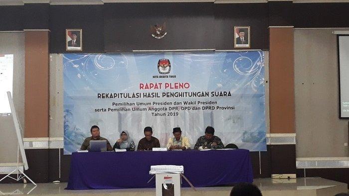 Betty Epsilon Idroos Sebut Tiga Kecamatan di Jakarta Timur Belum Rampung Rekap Suara