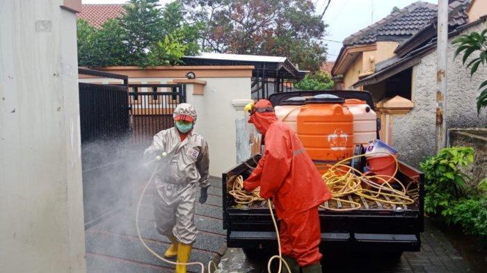 PPKM Masih Diberlakukan, Sejumlah Wilayah di Kota Tangerang Disemprot Disinfektan