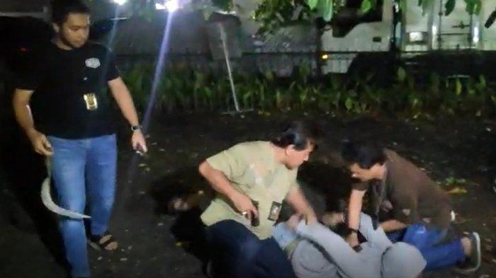 Polisi Tangkap 21 Pelaku Tawuran di Jalan Semeru Jakarta Barat, 3 Orang Ditembak di Kaki