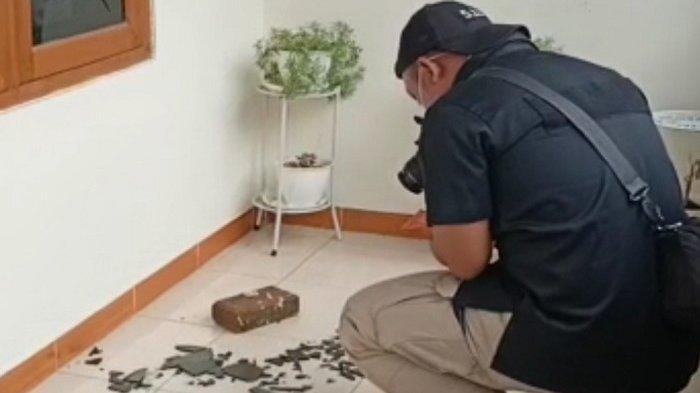 Penyerang Kediaman Ketua PA 212 Berjumlah Empat Orang, Aksinya Terekam CCTV
