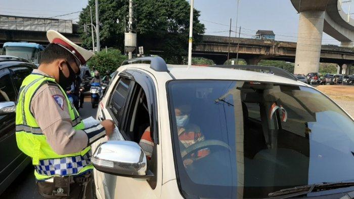 Anies Perpanjang PSBB Transisi Hingga 6 Desember, Polda Metro Jaya Tiadakan Ganjil Genap