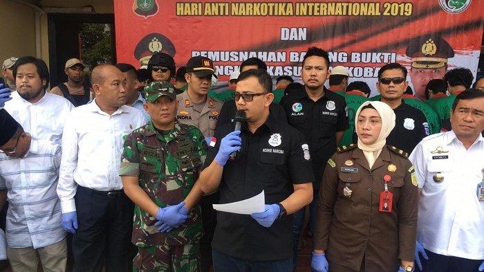 Peringati Hari Anti-Narkotika, Polres Jakarta Barat Musnahkan Ribuan Kilogram Sabu dan Ekstasi