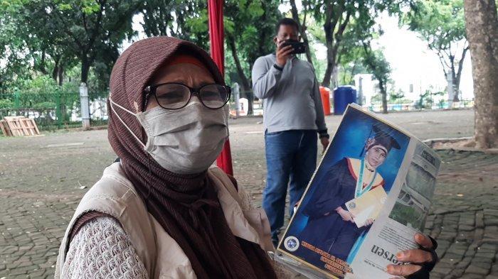 Jokowi Sedang Vaksin Covid-19 di Istana Negara, Ada Wanita yang Ingin Bertemu