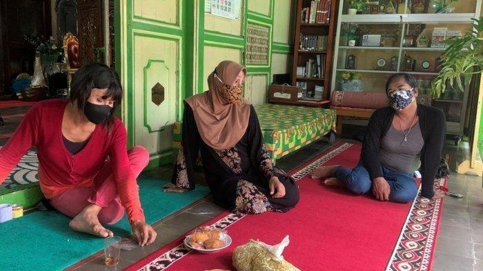 Melihat Kehidupan Waria di Pondok Pesantren Al-Fatah Yogyakarta saat Pandemi Covid-19