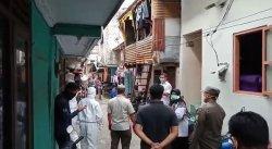 Tolak Dievakuasi, Satu Keluarga di Kebon Jeruk Adu Mulut dengan Petugas Kesehatan