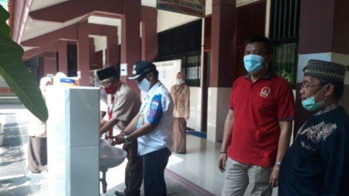 3 Posko PPDB di Kelurahan Ancol Terapkan Protokol Pencegahan Covid-19