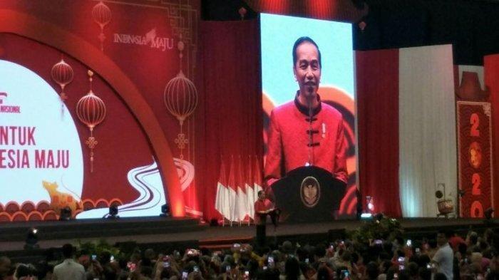 Saat Jokowi Memperkenalkan Nia dan Mencari Ahok di Perayaan Imlek Nasional