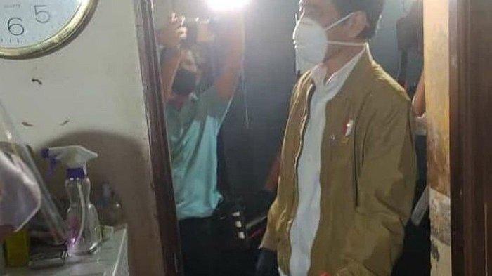 Tangkapan layar unggahan viral Presiden Jokowi kunjungi permukiman warga RT 014 RW 007 Kelurahan Sunter Agung, Tanjung Priok, Jakarta Utara, untuk membagikan sembako, Kamis (15/7/2021) malam.