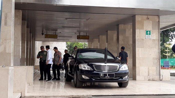 BREAKING NEWS Presiden Jokowi Kunjungi Masjid Istiqlal Lihat Pencegahan Virus Corona