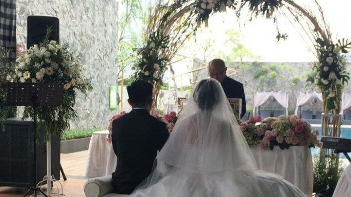 Prosesi pemberkatan nikah oleh  JS Organizer and Entertainment.