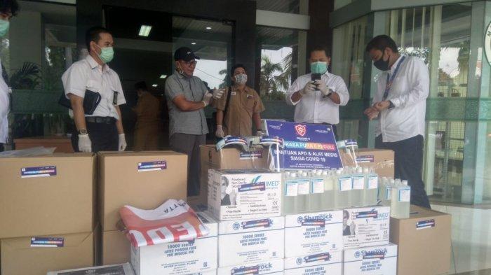 Angkasa Pura II Serahkan Ratusan APD untuk Tenaga Medis di Kota Tangerang