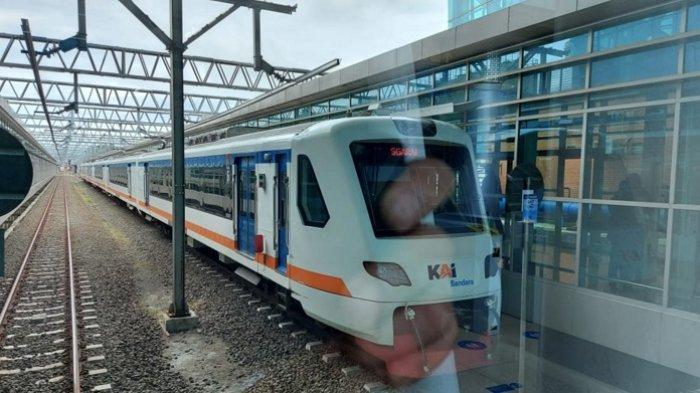 PT Railink meluncurkan Kereta Api (KA) Bandara Premium dari dan ke Bandara Soekarno-Hatta dengan tarif murah mulai hari ini, Kamis (1/4/2021).