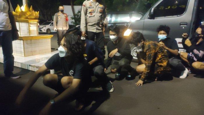 Patroli Malam Takbiran, Polsek Pulogadung Amankan Puluhan Remaja Termasuk 6 Wanita