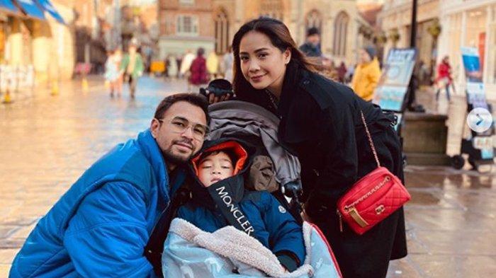 Lihat Rafathar Lakukan Ini, Hati Nagita Slavina dan Raffi Ahmad Tersentuh: Anak Kita Bukan Bayi Lagi