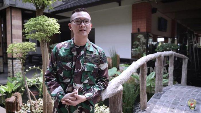 Dokter Lulusan Inggris Mantap jadi Prajurit TNI, Terpanggil Saat Ikut Baksos Katarak di Batas Negara