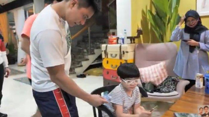Rafathar Tolak THR Ratusan Ribu darinya Karena Hal Ini, Baim Wong Kagum: Anak yang Pintar Banget