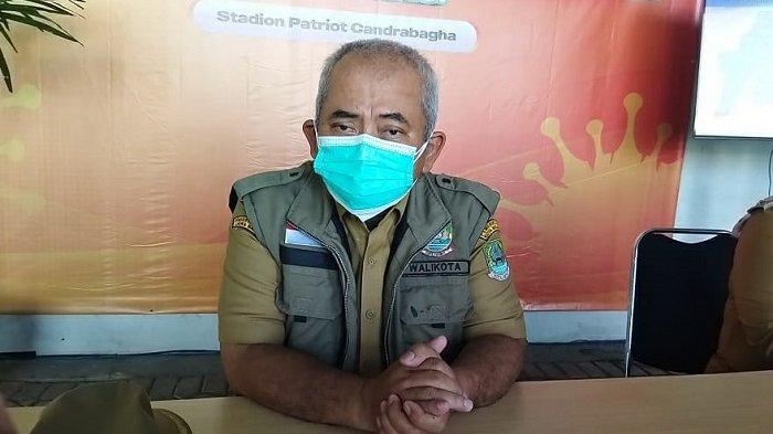 Wali Kota Bekasi Rahmat Effendi di Stadion Patriot Candrabhaga, Senin (12/7/2021).