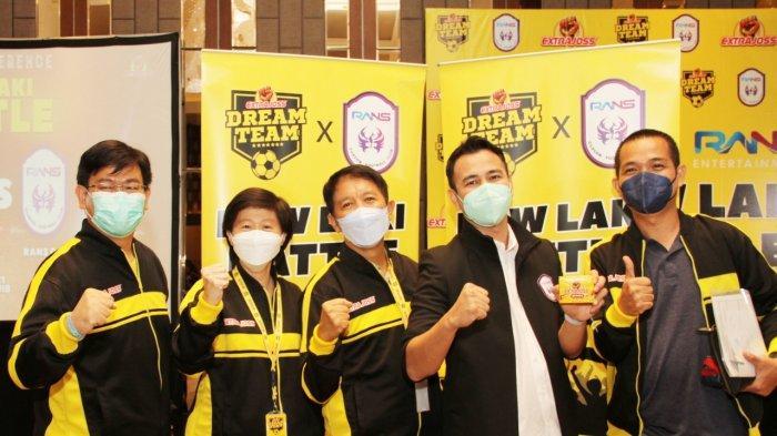 Tim besutan suplemen kesehatan Extrajoss dari PT Bintang Toedjoe yang bermaterikan pemain-pemain kelas 1 Indonesia ini bakal melawan Rans Cilegon FC, klub milik Raffi Ahmad.