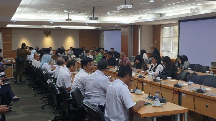 Pembahasan RAPBD DKI Molor, Gubernur dan DPRD Terancam Tak Digaji 6 Bulan Hingga Sikap Kemendagri