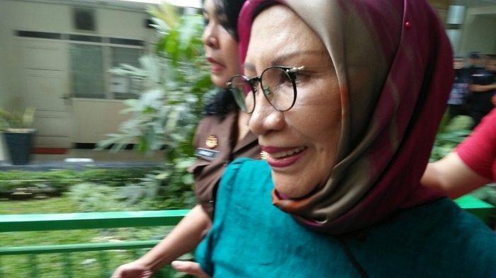 Menulis Sejak Ditahan di Rutan Polda Metro Jaya, Ratna Sarumpaet Bakal Terbitkan Buku