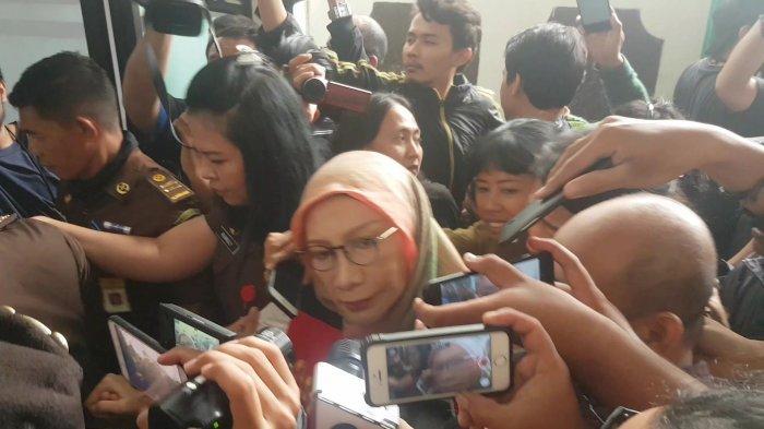Majelis Hakim Tepis Tanggapan Ratna Sarumpaet yang Menyebut Penyidikan Kasusnya Bermuatan Politis