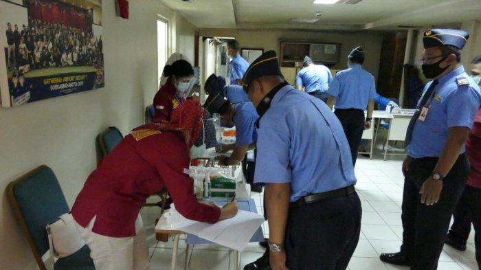 Ratusan Personel Avsec Bandara Soekarno-Hatta Jalani Tes Urine Menjaring Penyebaran Narkoba