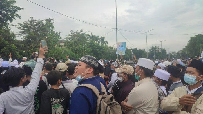 Aparat Kepolisian Mengalami Luka Ringan Imbas Bentrokan di Dekat PN Jakarta Timur